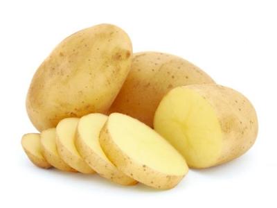 Cach tri mun dau den bằng khoai tây